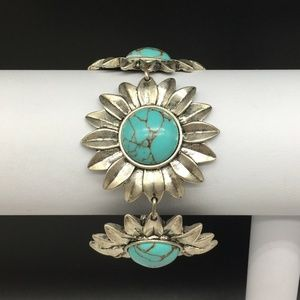 Lucky Brand Silver Turquoise Daisy Flower Bracelet